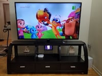 Tv and Tv stand Toronto, M9L 2C5