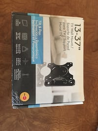 """Tv Wall Mount 13""""-37"""" new in box tilt and pan Sugar Grove, 60554"""