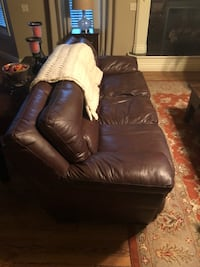 leather couch with love seat Bentonville, 72712