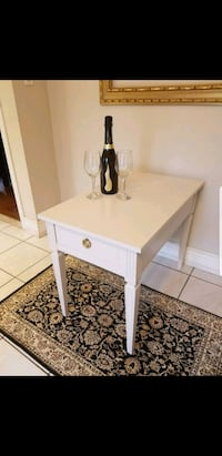 Vintage white table Markham, L3T 6V6