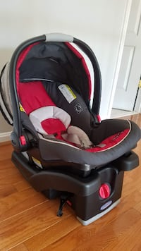 Infant Carseat with base Leesburg