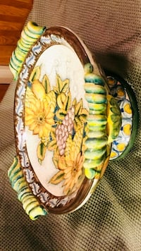 Beautiful foral and fruit holding serving dish Phoenix, 85004