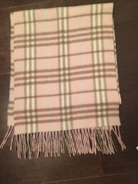 Burberry  Scarf Pink  Authentic  Vaughan, L4L 8S8