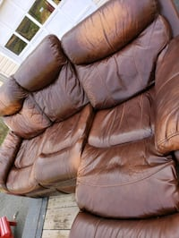 Leather Couch, 3 Seat Recline, Perfect Condition! Burke, 22015