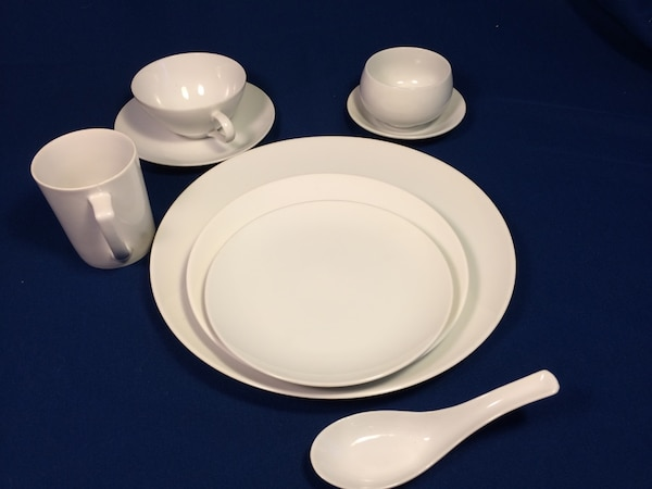 Used White Ceramic Plates And Bowls For In Fremont