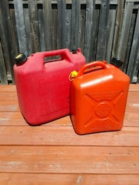 red gas plastic containers Brampton, L7A 1R9