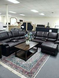 LEATHER SECTIONAL  Columbus, 43221