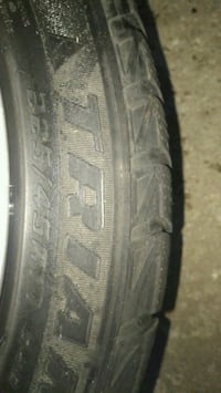 205 / 55R16 vehicle tire Vaughan, L4K 2E7