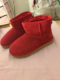 Pair of red glitter  ugg boots Washington, 20009