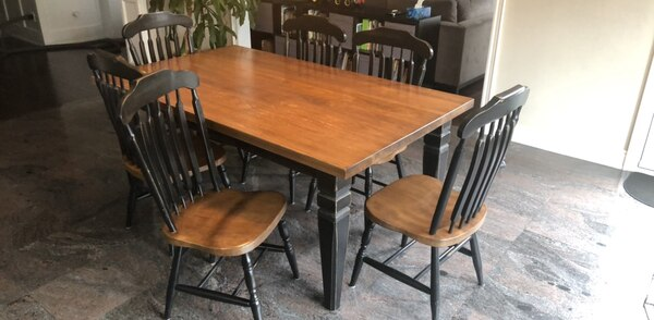 Quaker wood table and six chairs