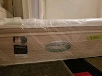 New pocket coil queen mattress Surrey, V4N 2J5