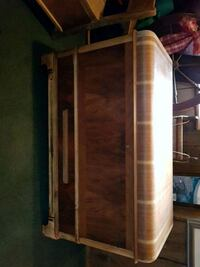 Vintage hope chest with drawer 593 km