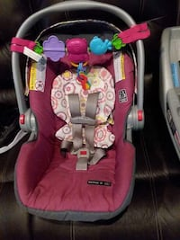 baby's red and gray car seat carrier Edinburg, 78539