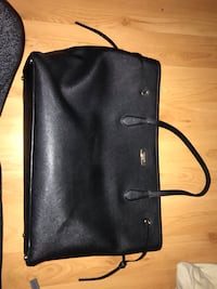 Kate spade large black leather tote Whitby, L1P 1M1