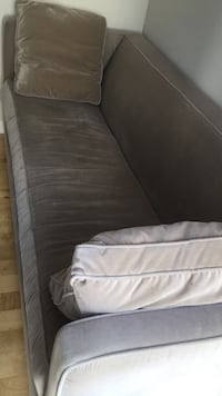 gray and white bed sheet Vancouver, V6P