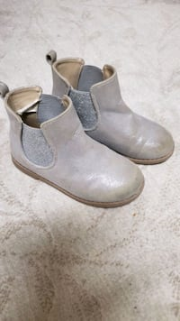 Girl Gymboree boots Size 11  Germantown, 20874