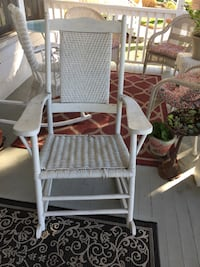 white and gray metal folding chair
