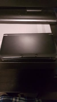Black Nintendo 3DS XL with 2 stylus's, hard plastic case, and 10 ft charger Winnipeg