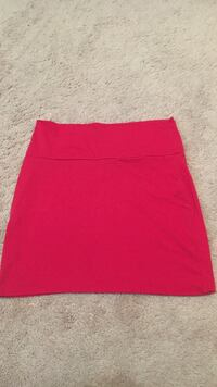 Womens Short red cloth skirt Barrie, L4N 8S4