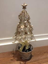 Metal Christmas tree decor