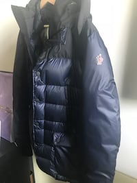 Moncler Grenoble Rambouillet Washington, 20017