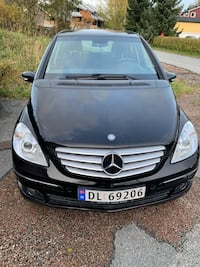 2007 Mercedes-Benz Asker