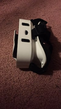 VR set!  never used. great condition Seat Pleasant, 20743