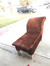 Brown chaise - free