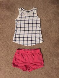Girls outfit size 4T pick up only  Byron Center, 49315