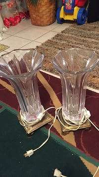 two clear cut glass table lamps Woodbridge, 22193