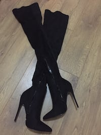 Black high heeled boots Coventry