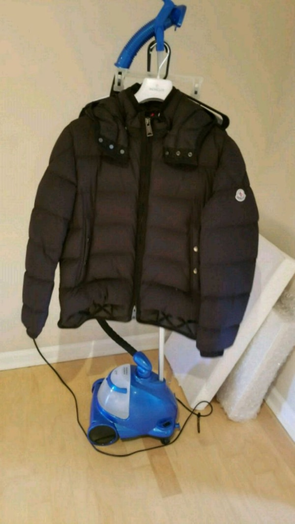 ded8f2791 Moncler Tanguy Down Coat $1650 new