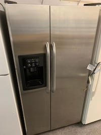 GE brand stainless steel side by side good working condition with 60 day warranty  Woodbridge, 22191