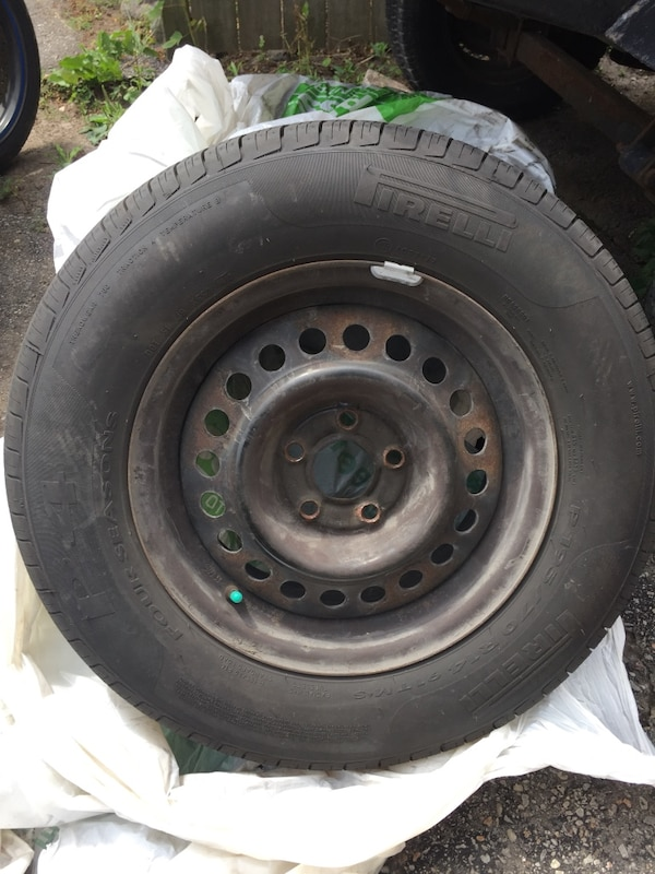 Used Tires Oshawa >> Used Pirelli 195 70 R14 5x100 All Season Tires For Sale In