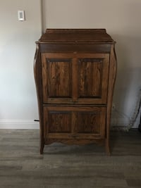 Antique converted glass and liquor cabinet Oakdale, 95361