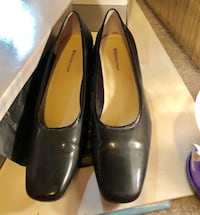Black patent leather block heels Oklahoma City, 73120