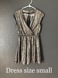 women's gray sleeveless dress Colorado Springs, 80917