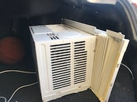 White window-type air conditioner New Orleans, 70126