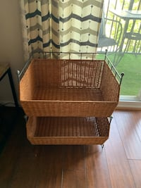 Container Store stackable wicker baskets. Excellent condition! Fairfax, 22030