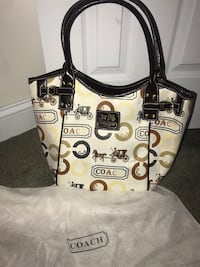 Authentic Coach bag. Cameron, 28326