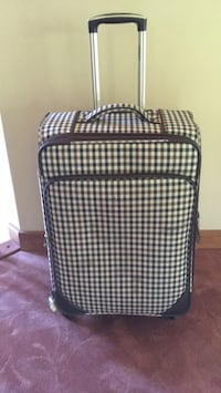 "24"" soft sided luggage with expansion Spruce Grove, T7X 3V6"