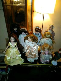 assorted dressed porcelain doll lot Seattle, 98168