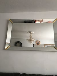 Big Wall mirror in great condition  Toronto