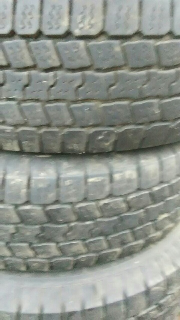 Used Tires Des Moines >> Used Three Car Tires For Sale In Des Moines Letgo