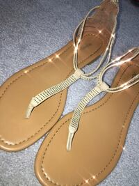 pair of brown leather thong sandals Bensalem, 19020