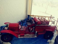 5 old time antique diecast fire engines Henderson, 89015