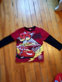 red and black crew neck shirt Montréal, H4L 2X5