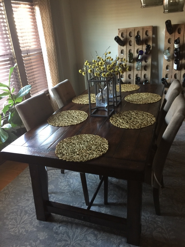Photo Pottery Barn Fixed Benchwright table