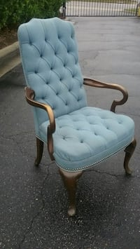 Upholstered Decorator Arm Chair  Virginia Beach, 23455