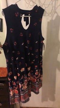 women's black and red floral sleeveless dress Martinsburg, 25403